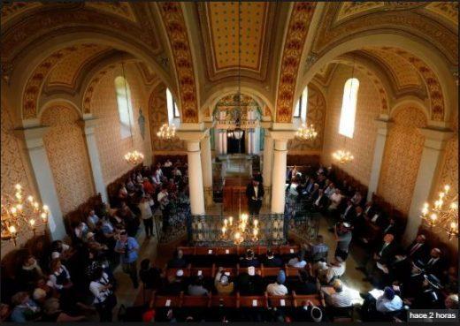 Primer casamiento judío en una sinagoga de Hungría desde la Shoá