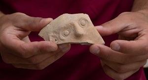 Hallan vasija del período persa en Jerusalem