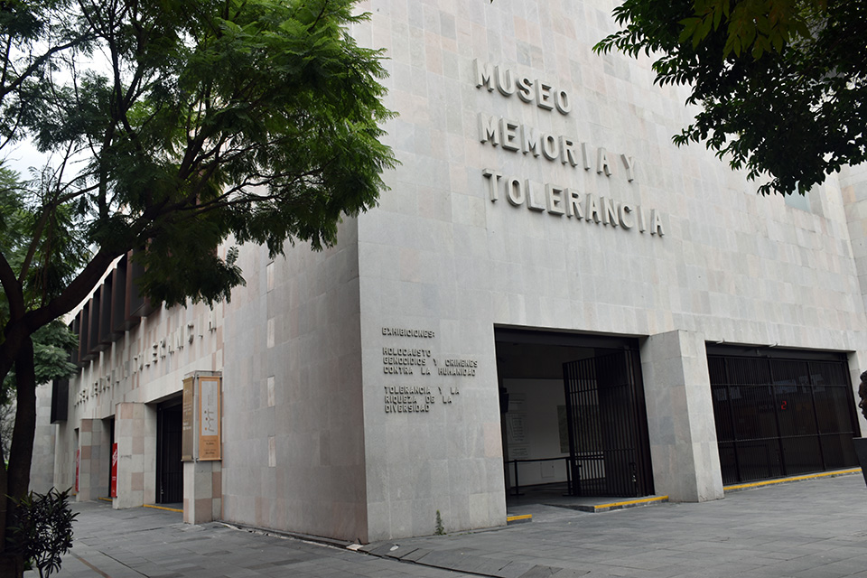 """Sharon Zaga y Mily Cohen, fundadoras del Museo Memoria y Tolerancia recibieron la """"Zarza Bet El 2018"""""""